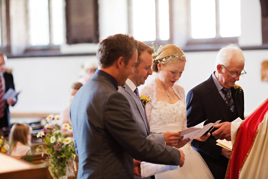 WeddingPhotographerLeek094