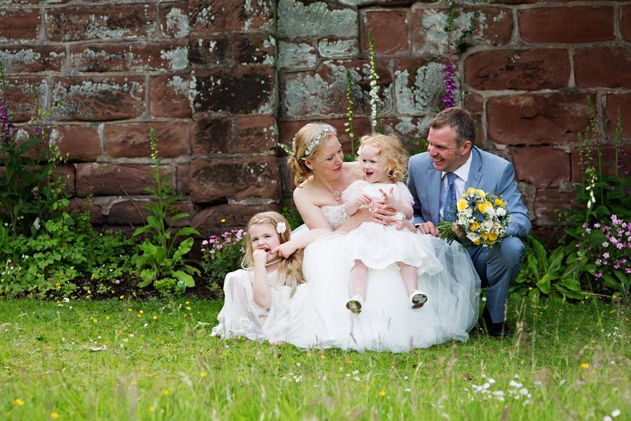 WeddingPhotographerLeek204