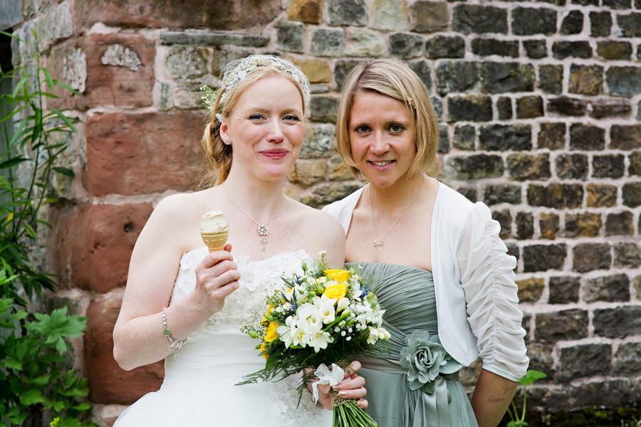 WeddingPhotographerLeek206