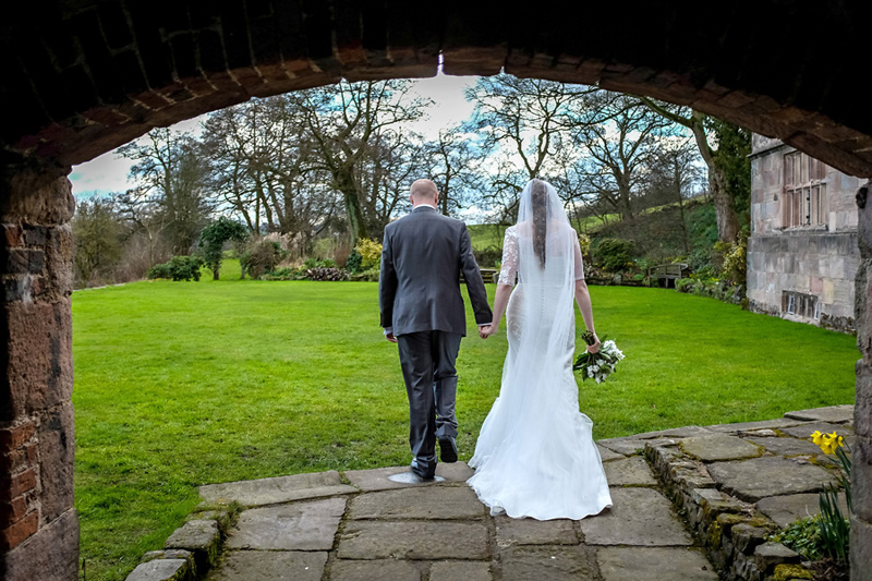 wedding photography at the ashes in endon