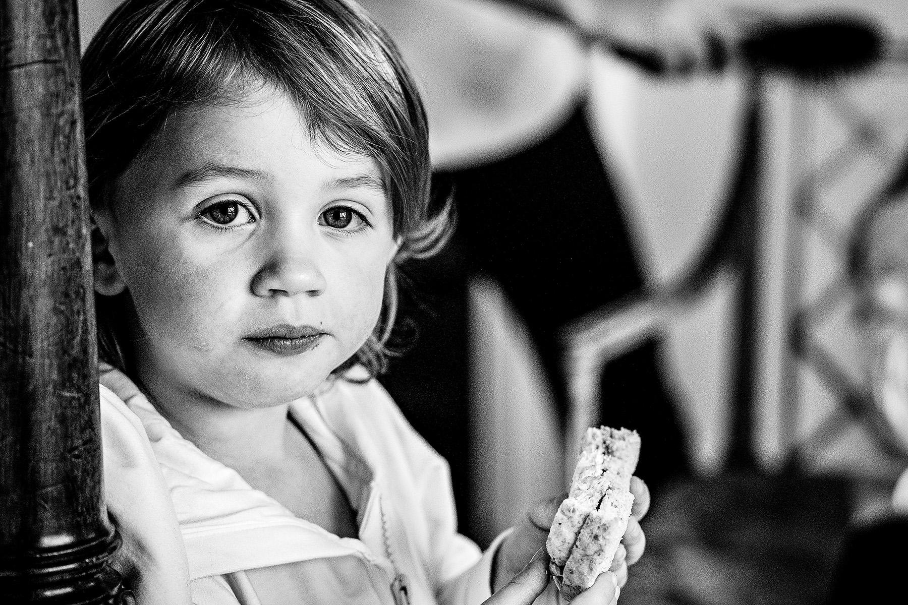 kid eating a sandwich