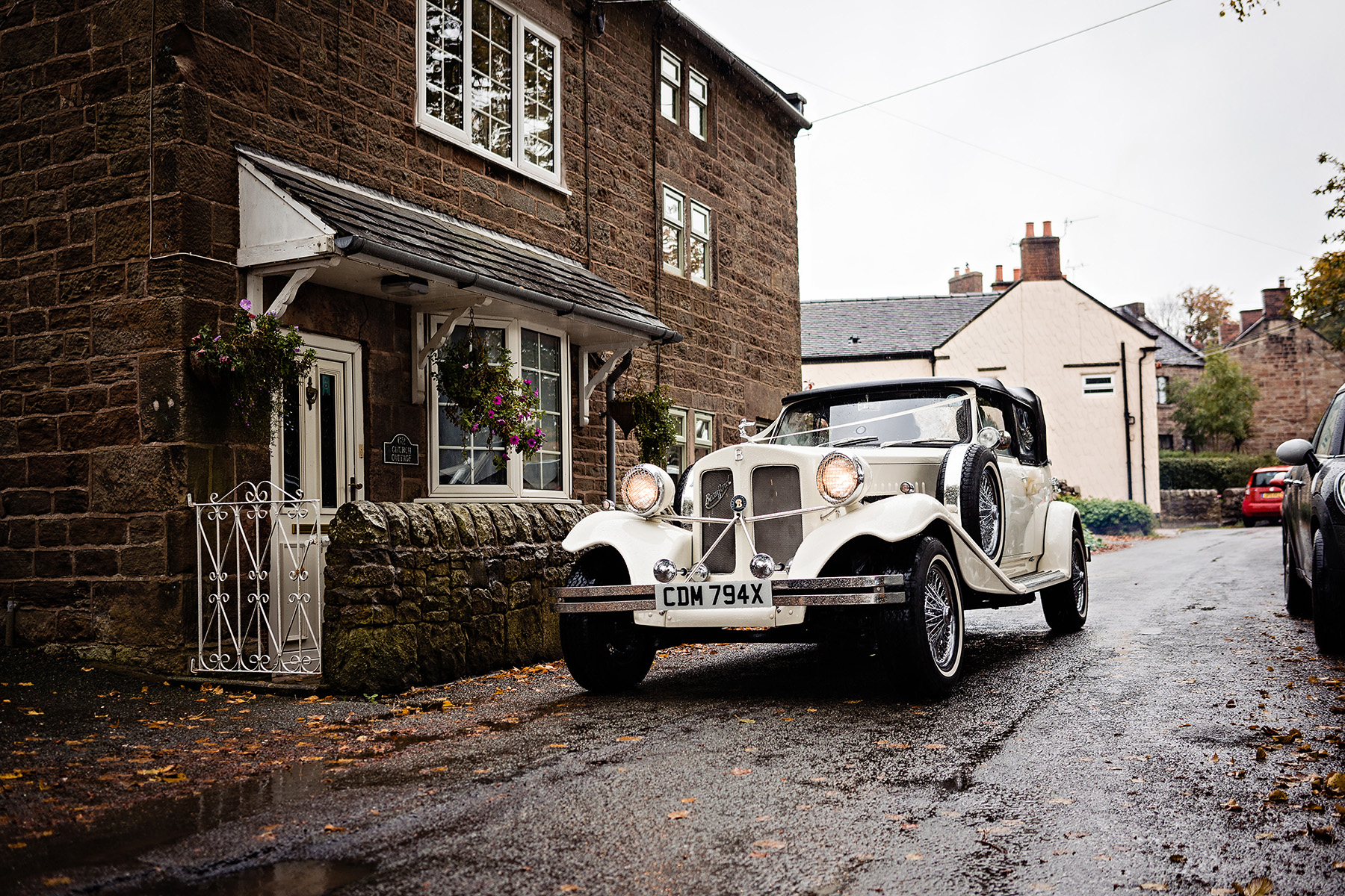 wedding photography of a wedding car