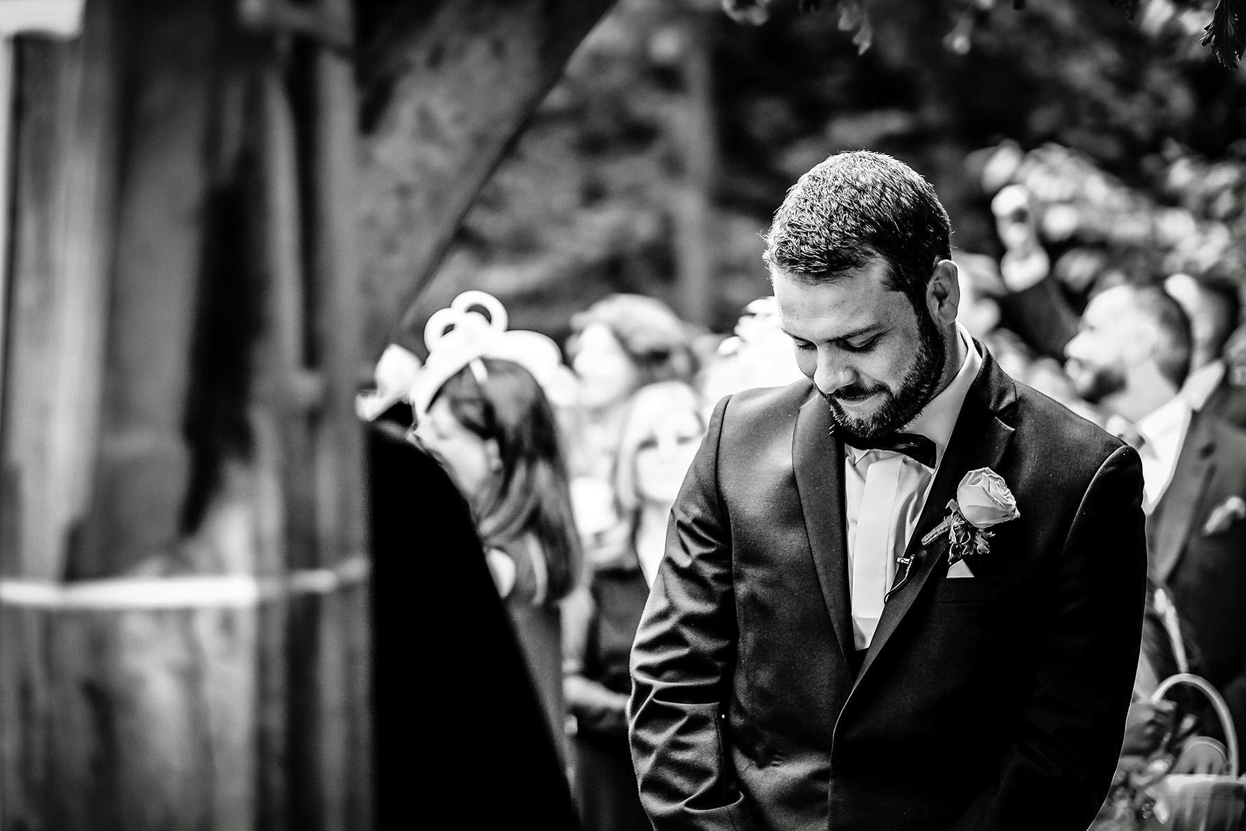 wedding photography at Moddershall Oaks