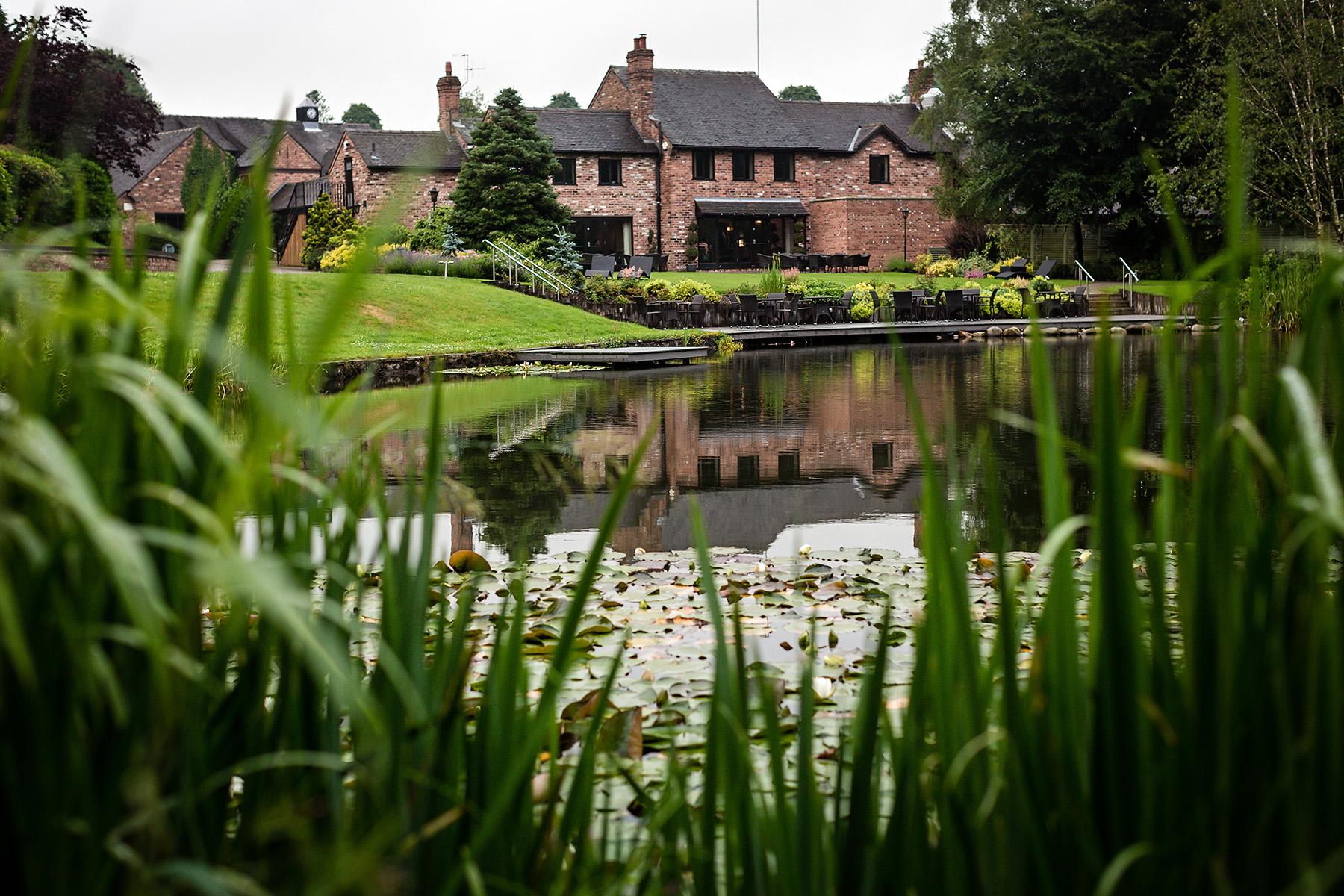 the venue Moddershall Oaks